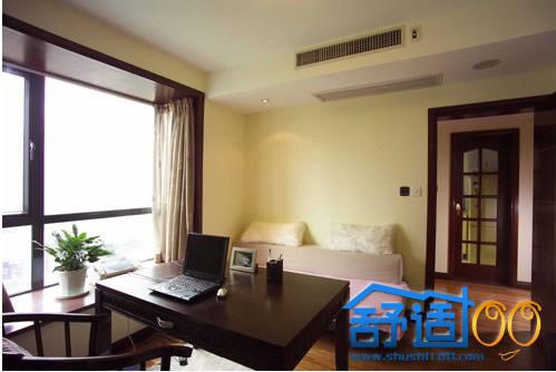 别墅客厅中央空调