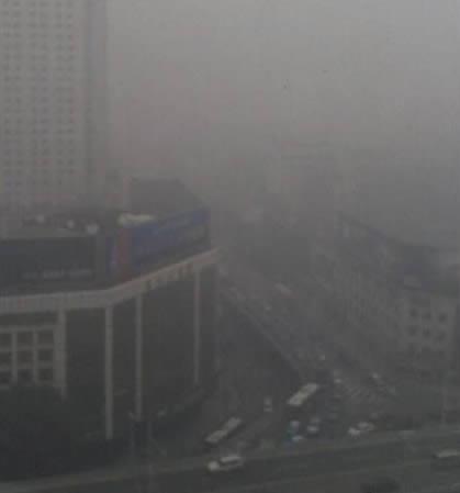武汉灰霾天现状图