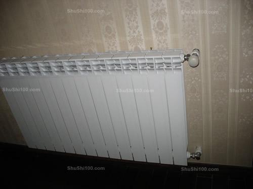暖气片什么样的好 香格里嘉园暖气片安装图片展示高清图片