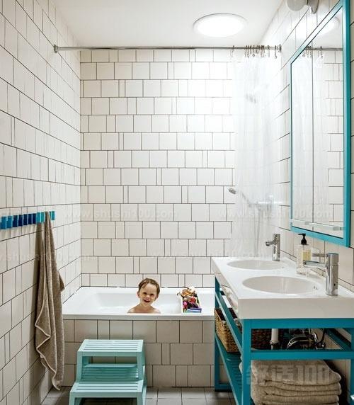 臥室墻壁貼瓷磚合適嗎