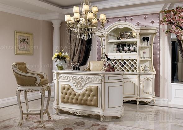 欧式酒柜吧台—空间设计 在室内设置吧台,必须将吧台看作是完整空间