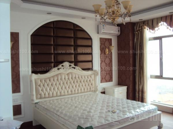 弧形背景墙是一种装饰于家庭客厅电视,沙发,玄关,卧室墙等的家庭装修