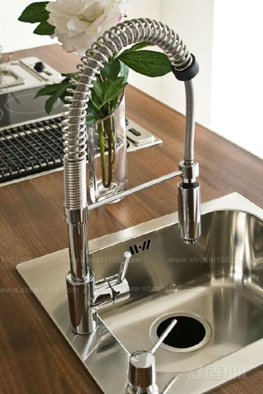 厨房水龙头拆卸 如何正确拆卸厨房水龙头