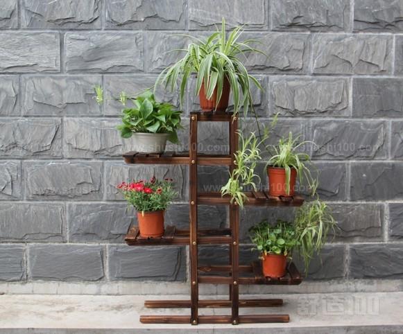 室内木质花架 室内木质花架用防腐木好处