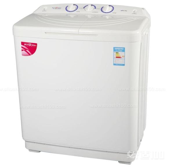 松下日本洗衣机是由杭州松下家用电器有限公司进行生产制造的。截至2013年12月,公司生产的Panasonic品牌洗衣机已在全球42个国家和地区销售,累计实现销售收入407.45亿元,洗衣机等产品累计销量达3411万台。2006年5月公司圆满完成了从市区整体搬迁至杭州经济技术开发区Panasonic杭州工业园,新工厂占地面积为123947平方米,建筑面积为131310平方米,年生产能力达360万台,已成为Panasonic集团在全球最大的洗衣机生产基地。杭州松下家用电器有限公司是松下全球洗衣机生产基地,提供