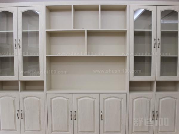 欧式书柜实木—欧式实木书柜的特点和优势介绍