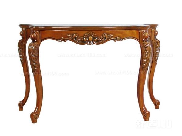 来自意大利的CANTORI将品牌文化结合地中海风格,采用纯净、明快的色彩和独具一格的设计为您营造出舒适、精致的生活空间,并致力于将产品推广传递给世界各地。意大利品牌的家具以创新、简约为主,由于产品带有创意性,价格相对高,一般的玄关桌价格25000-70000元左右。 上面给大家介绍的就是欧式玄关桌比较好的品牌介绍,现在大家应该也知道了吧,大家如果也对玄关桌感兴趣的话就可以从上面的这些品牌里面来选择一下,玄关桌也是装饰玄关不错的装饰物品,希望上面介绍的内容可以给大家带来帮助。