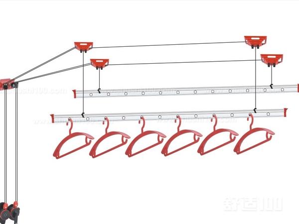 摇动手摇器,可以带动晾衣架晾杆的升降