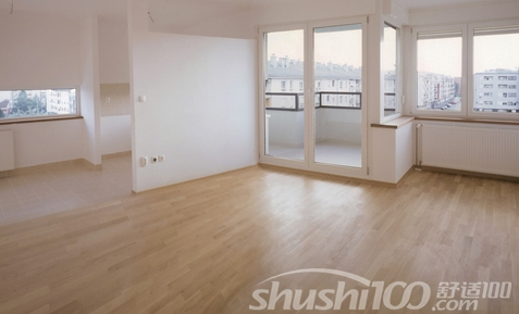 实木地板是天然木材经烘干,加工后形成的地面装饰材料,又名原木地板