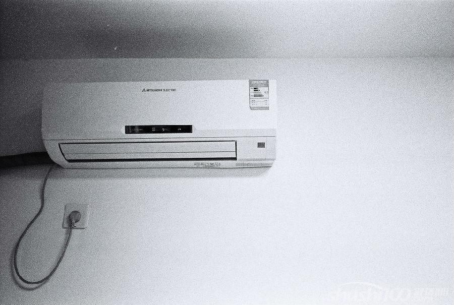 随着科学技术的不断发展,人们生活水平额不断提高,空调作为一种常见家电已经走进了千家万户。TCL变频空调更是依赖良好的信誉在空调市场占有了一定份额。然而在空调的使用过程中,很多人都希望有省电的好方法。下面就让小编来为大家介绍一下tcl变频空调省电的方法。