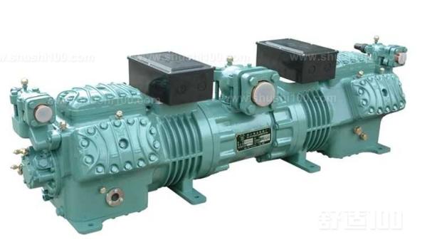 压缩机被看成是制冷系统的心脏,最能表现压缩机特征的专用名词称为蒸气泵。压缩机实际所承担的职 压缩机 责是提升压力,将吸气压力状态提高到排气压力状态。 压缩比是压力差的一种技术表示方式,其含义为高压侧绝对压力除以低压侧的绝对压力。压缩比的计算必须采用绝对压力值。为了避免使压缩比计算值出现负值,计算压力比时必须采用绝对压力,而不是表压力。采用绝对压力值才能使压缩比计算值为正值,这样才有意义 制冷和空调行业中采用的压缩机有5大类型:往复式、螺杆式、回转式、涡旋式和离心式,其中往复式是小型和中型商用制冷系统中应