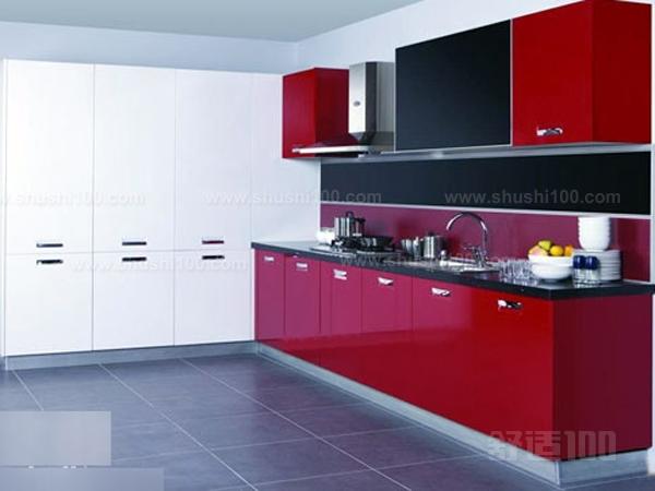 选择了一字形橱柜也意味着厨房面积有限