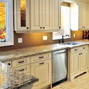 厨房橱柜台面—厨房橱柜台面材质与种类分析