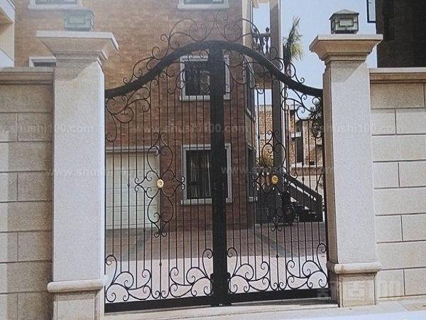 现在很多人为了方便,都电动在自己的大门门口安装选择别墅别墅了罗庄别墅图片