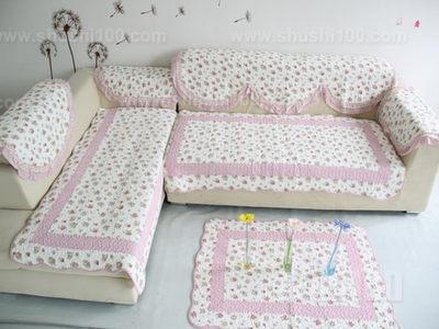 为了搭配风格多样化的沙发,沙发垫的风格也有很多,欧式沙发坐垫就是