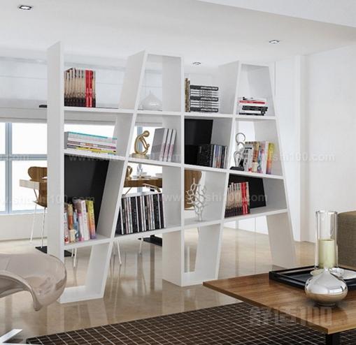 隔断书架—中式风格 中式隔断书架多采用木质材料,主要包括实木,红木