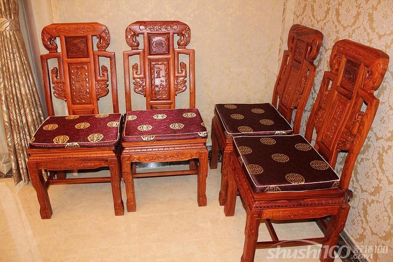 其中红木家具坐垫样式各种各样,材质也是很多,一起来了解下红木家具