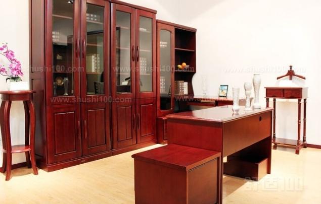 挂墙办公书架 挂墙办公书架的优点和保养
