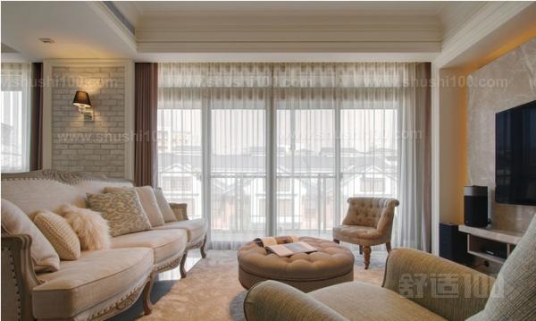 美式客厅窗帘—美式客厅窗帘的搭配技巧及选购方法