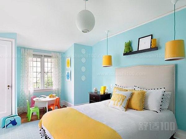 墙面漆施工工艺—基层处理   将墙面起皮及松动处清除干净,并用水泥