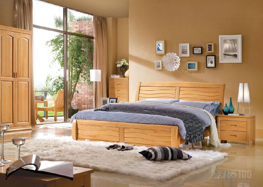 家庭装修实木床