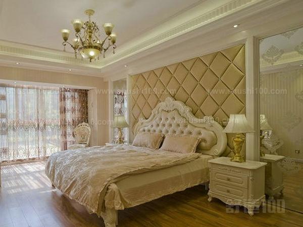 欧式软包床—欧式软包床头背景墙的清洁方法