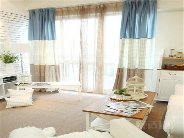 客厅落地窗帘 以上是舒适100小编为大家介绍的关于客厅落地窗帘相关常识,看了小编以上的介绍大家对于客厅落地窗帘的认识一定增加了很多吧。客厅落地窗帘的使用让我们的生活环境看起来更美了,但是在使用的时候也是需要讲究很多的细节哦,只有注意细节了才能够发挥客厅落地窗帘的最高使用价值。