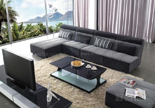 如何洗沙发—布艺沙发清洗方法