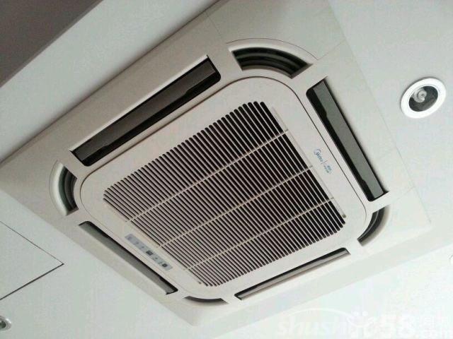 美的吸顶式空调—美的吸顶式空调的工作原理及其优缺点