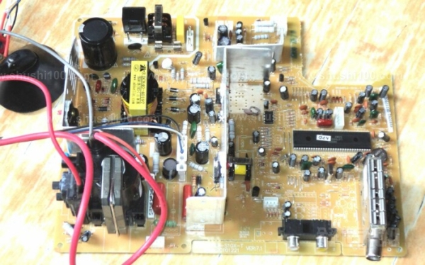 电视机主板漏电—电视机主板漏电的原因及维修方法