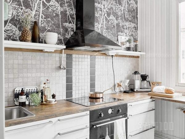 客厅厨房装修—客厅厨房一体化装修