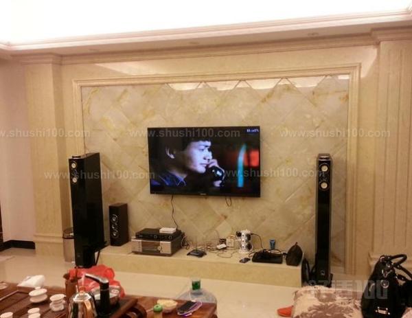 也有多宝阁电视背景墙,不过小编今天要介绍的是纯天然玉石电视背景墙