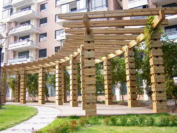防腐木弧形花架—防腐木弧形花架优点介绍