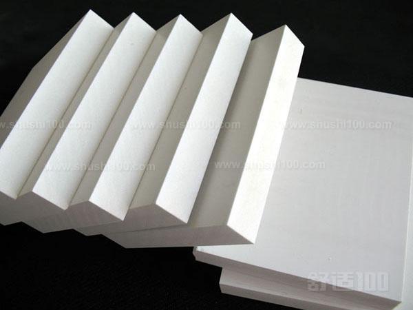 该产品系聚氯乙烯树脂与稳定剂等辅料配合后压延,层压而成,具有优质