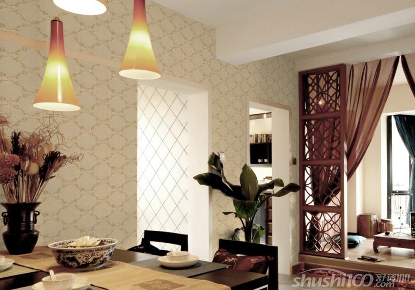 在现代简约家装风格中,选择使用现代风格墙布就要考虑家装的整体风格.