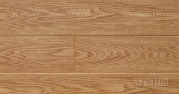 主要是实木地板和复合木地板