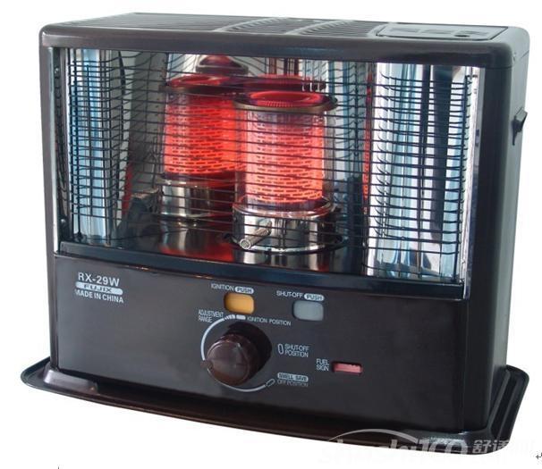 柴油取暖器水箱经过一段时间的使用,表面有一层异物及粉尘,如不清理掉,影响散热量。变速电阻能使电机变挡,如长期使用一、二挡,易使电阻烧断,影响正常使用,发现此问题,应及时更换。取暖器要经常清洗空气过滤器,特别是当设备在灰尘多的环境中使用时。每运行160-200小时或必要冲洗油箱,操作系统经过长时间使用,操纵拉线易老化变形,使操纵不灵活或不到位,不要硬性地去搬动,避免造成零件损坏。进风口过滤器:运行500小时用肥皂或水清洗或进行干燥喷嘴:小心将喷嘴取下,用压缩空气吹净表面的灰尘;喷油头:在每个季节清洗两次或者