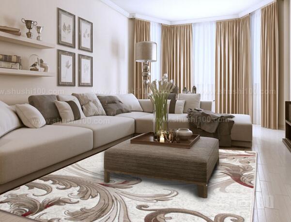 客厅地毯的脚感舒适,木地板,大理石,瓷砖等地面材料天冷潮湿的环境下