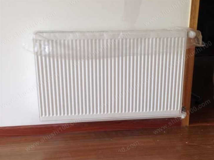 武汉金冠大厦暖气片工程案例-明装暖气片让温暖生活一步到位