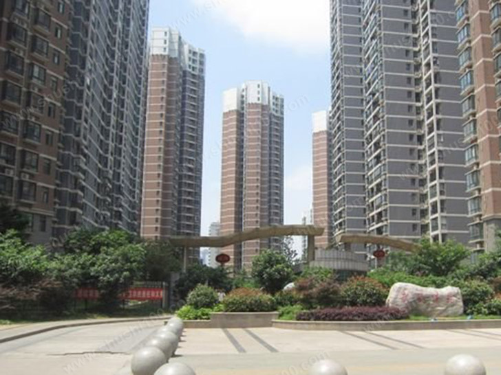 武汉暗装暖气片工程案例—武铁佳苑暖气片安装记
